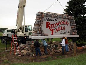 Redwood Falls Community Sign